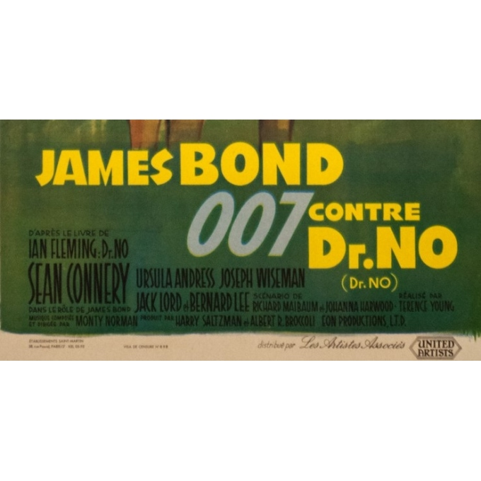 Original vintage movie poster - 1962 - James Bond Contre Dr No 007 Small Size- 29.9 by 15.8 inches - 3
